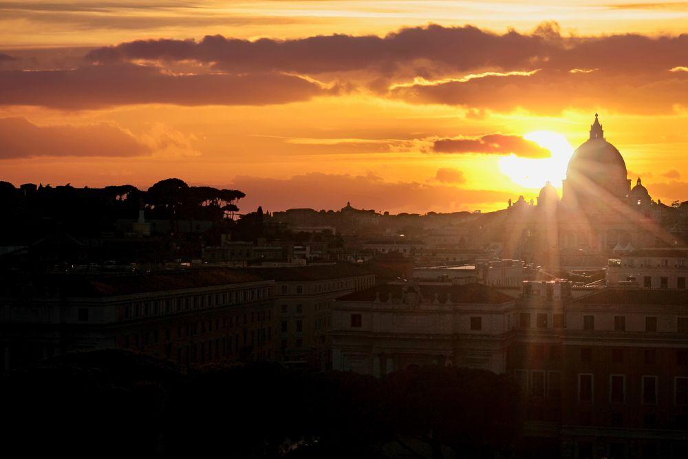 Photo in Cityscape #vaticano #vatican #rome #castel sant ' angelo #san pietro #sunset #city #mark soetebier #canon