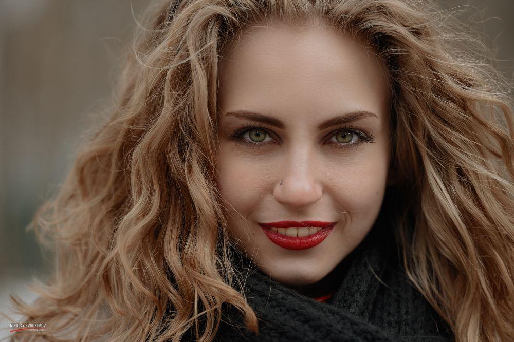 Photo in Portrait #girl #portrait #model #beauty #springtime