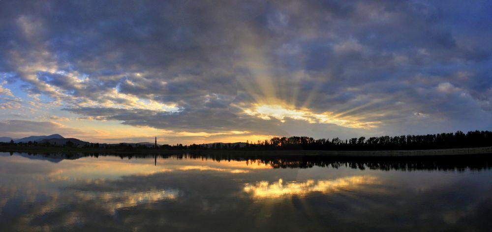Photo in Landscape #lights #lake #sun #evening