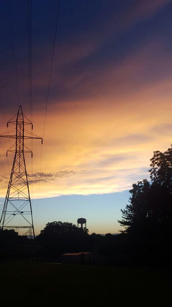 Photo in Travel #picture #sky #clouds #colours #travel #skyline #travelphotography #canon #photography #photo #earth #explore #creative #creator #goals #happiness #bangalore #kanataka