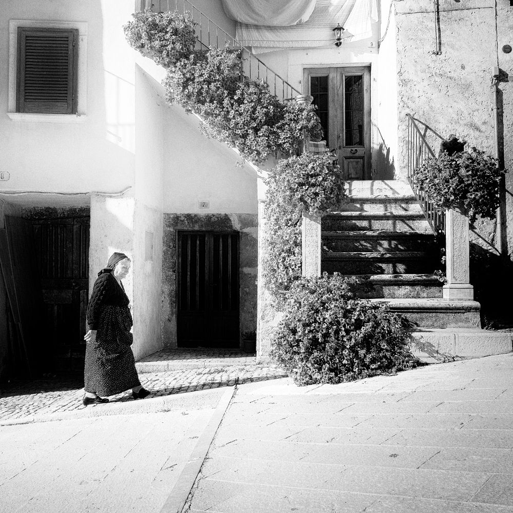 Photo in Black and White #bn angeluci #angeluci #scanno #italia #abruzzo #bw #tradizioni #trditiona