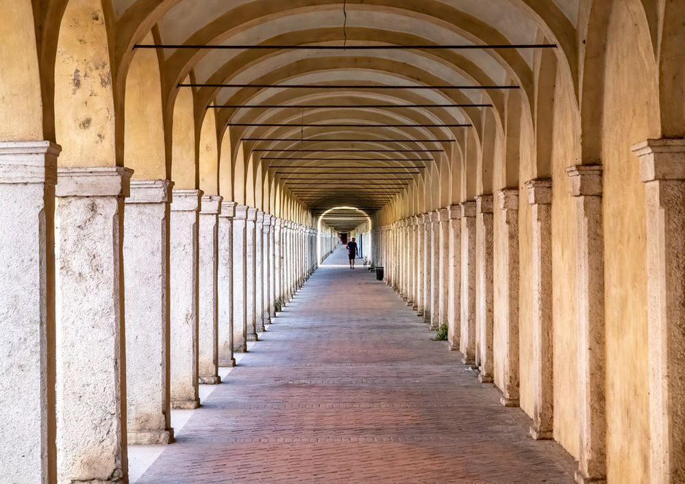 Photo in Architecture #comacchio #gallery #arches #perspective
