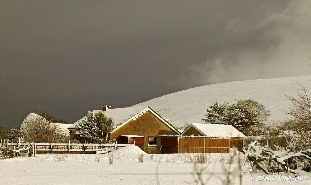 Photo in Landscape #bungalow #hill #snow #landscape