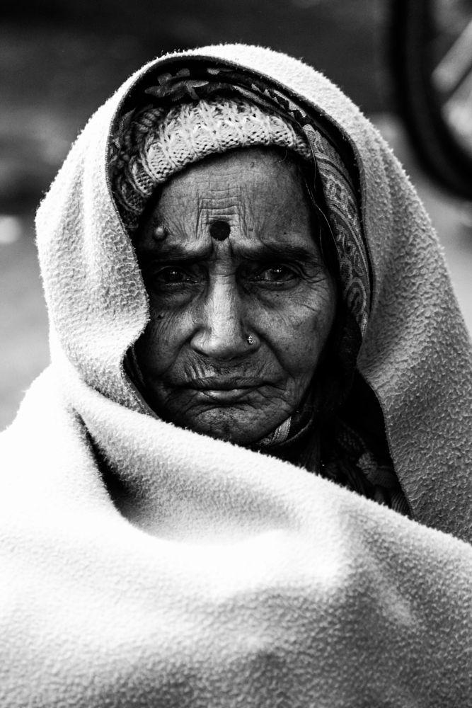 Photo in People #oldpeople #streetphotography #olddelhi #peopleofdelhi #indian