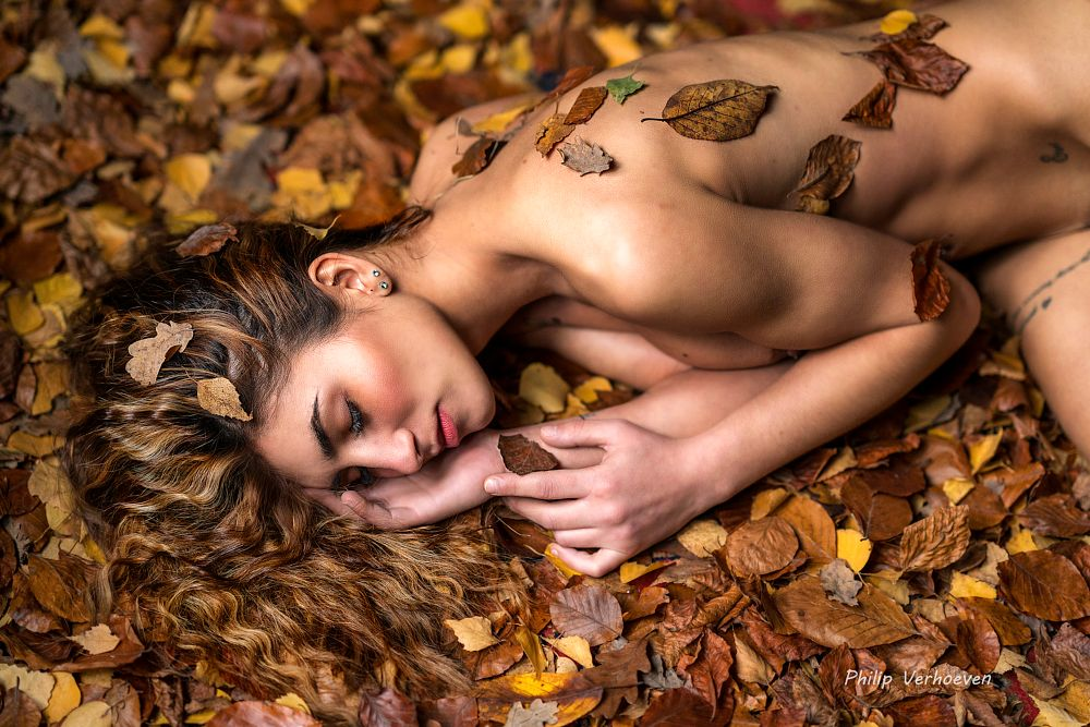 Photo in Nude #sensual #autumn #leaves #workshop