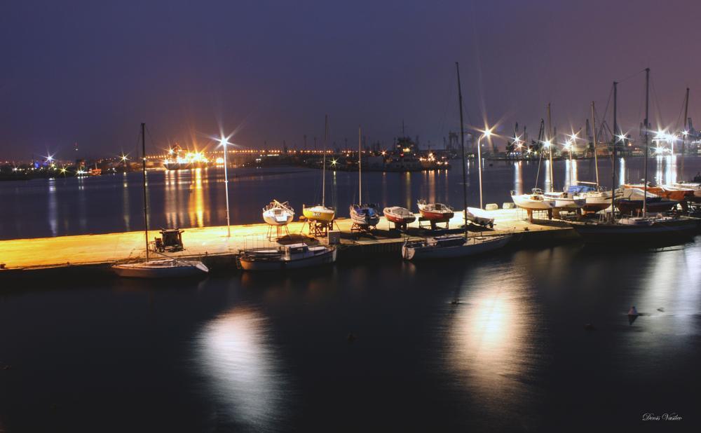 Photo in Landscape #ship #ships #boat #boats #sea #blacksea #black #port #varna #bulgaria #water #lights #bokeh #photography #photographer #landscapes #night #atnight