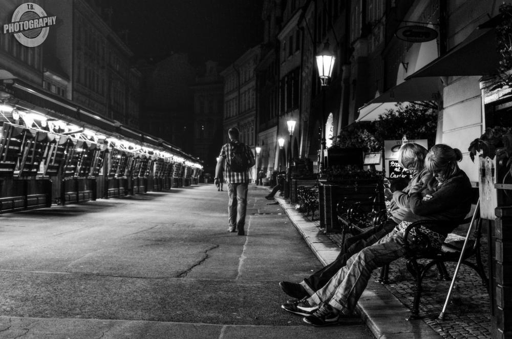 Photo in Street Photography #streetcontest #street #contest #streetphotography #streetart #bw #sw #blackandwhit #love #couple #oldcouple