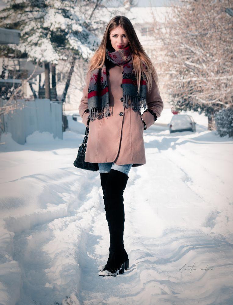 Photo in Portrait #winter #portrait girl #portrait beauty #romanian girls #portrait photography