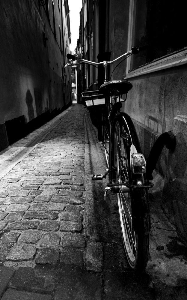 Photo in Black and White #creativityshared #youpic #photography #nikon #black and white #monochrome #cityscape #city #bnw #gamla stan #persepctive #stockholm #travel