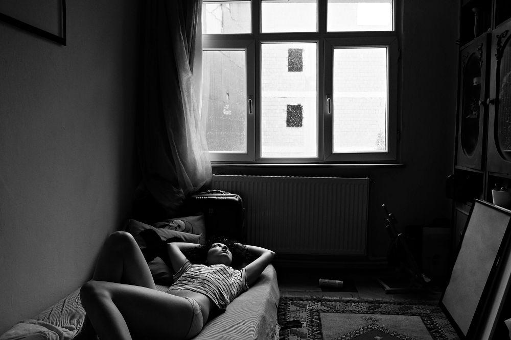 Photo in Black and White #istanbul #girl #home #house #room #women #life #blackandwhite #turkiye #turkey #turkish #wall #alone #people #youpic #melancholy #turkei #europe #building #nude #fashion