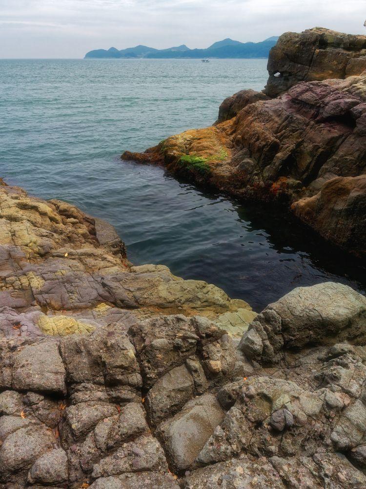 Photo in Random #rocks #sea #coast #ocean #mountains