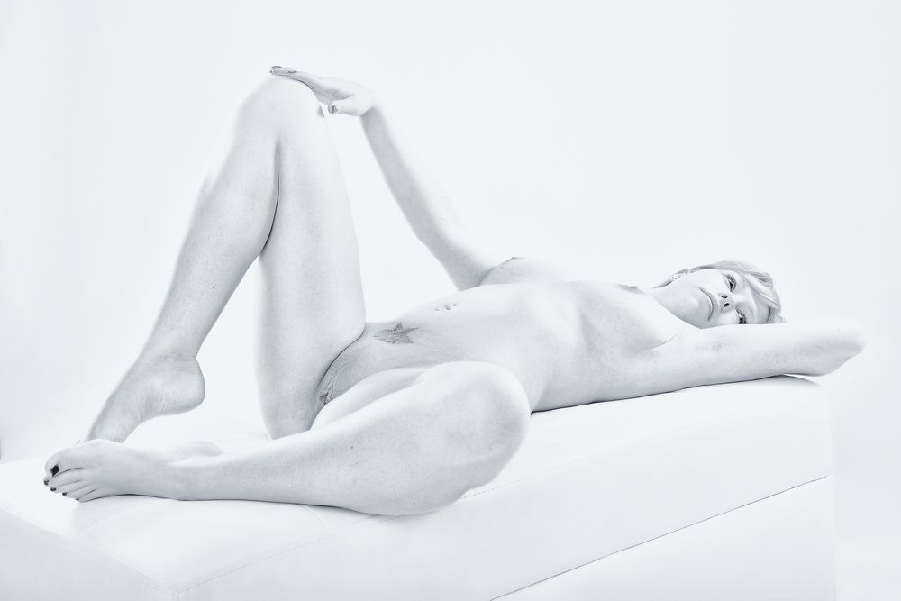Photo in Nude #model #female #woman #naked #nude #nudeart #artistic nude #studio #highkey #flashlight #natural #white room