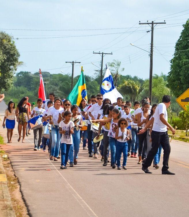 Photo in Street Photography #brazil #kids #band #streetphoto