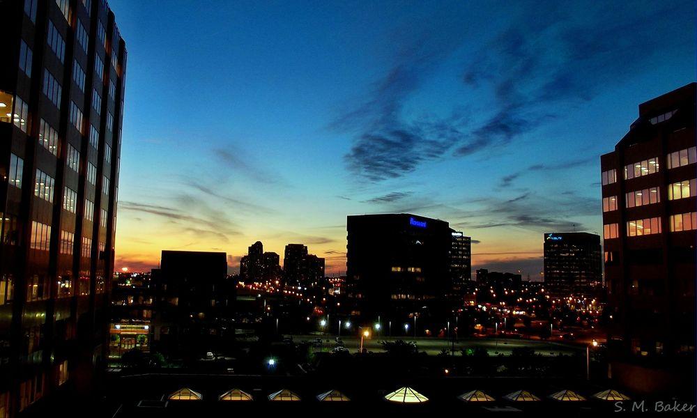 Photo in Landscape #city #light #landscape #sunset #color