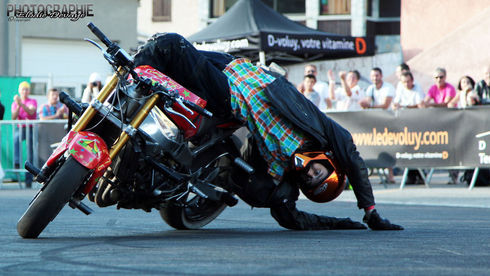 Photo in Sports #stunt #moto
