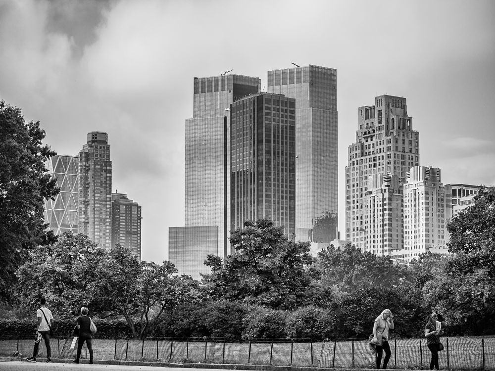 Photo in Black and White #usa #bader.fabian #bader #america #unitedstatesofamerica #unitedstates #newyork #newyorkcity #ny #nyc #bigapple #manhattan #centralpark #park #buildings #peoples #sky #skyporn #clouds #cloudporn #day #monochrome #blackandwhite #city #cityscape #scape #bestview #streetlife #streetphotography