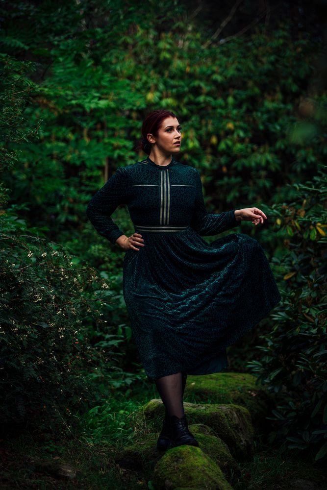Photo in Portrait with model Eline  #beauty #dress #redhair #portrait #pepole #outdoor #model #beautiful #woman #female