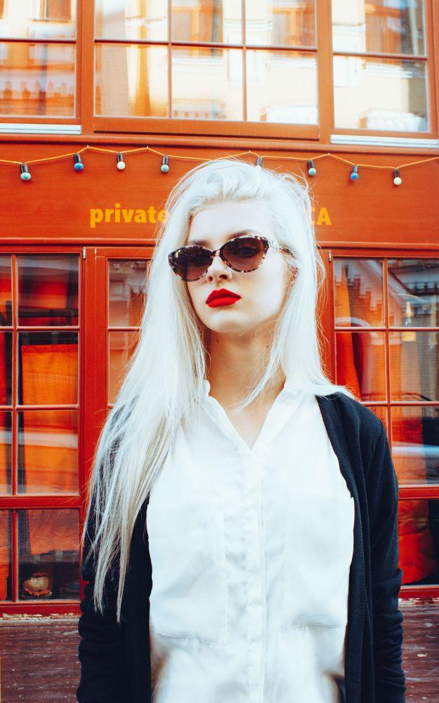 Photo in Street Photography #model #portrait #blondie #street photo