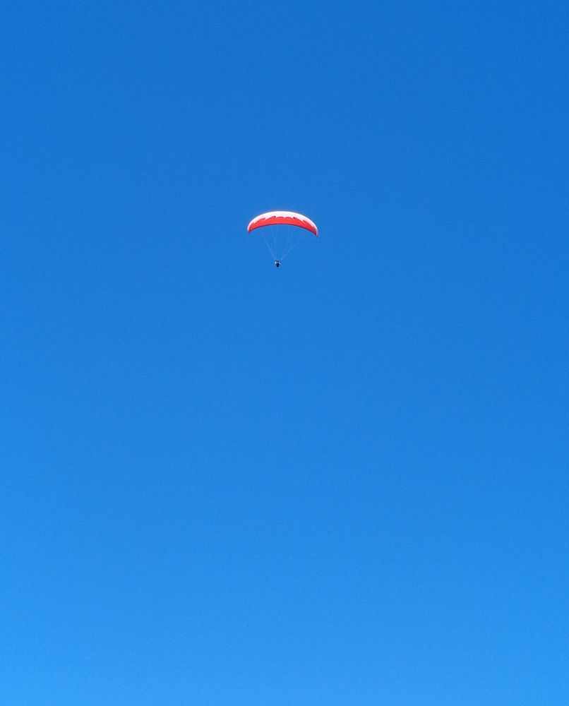 Photo in Random #parapente #parachute #paracaidas #paragliding #canopy parachute #canopy #floating #float #free #freedom #libertad #fly #flying #blue sky #minimal #minimal pic #minimal photography #lightness