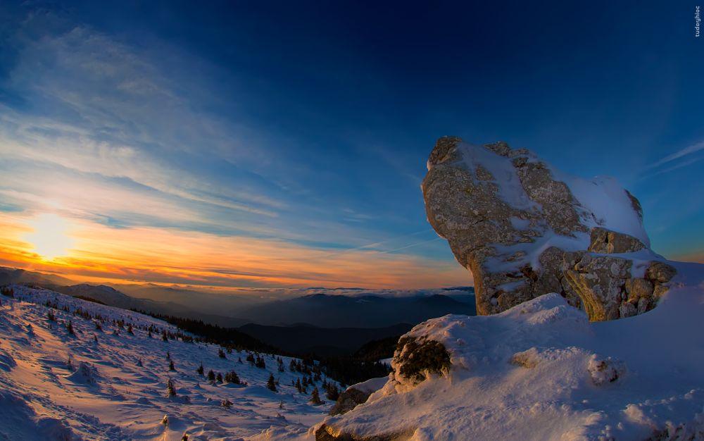 Photo in Landscape #sunset #winter #mountains #romania #neamt #ceahlau #colors