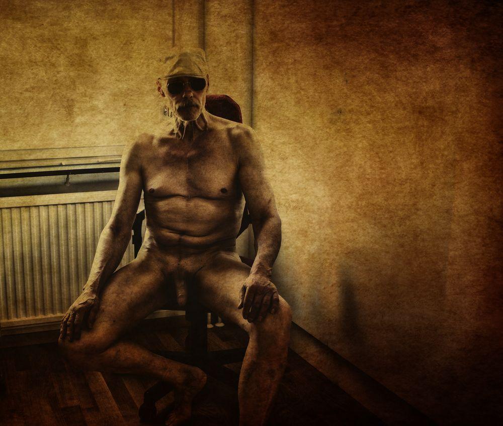 Photo in Nude #old #papper #indoor #portrait #me