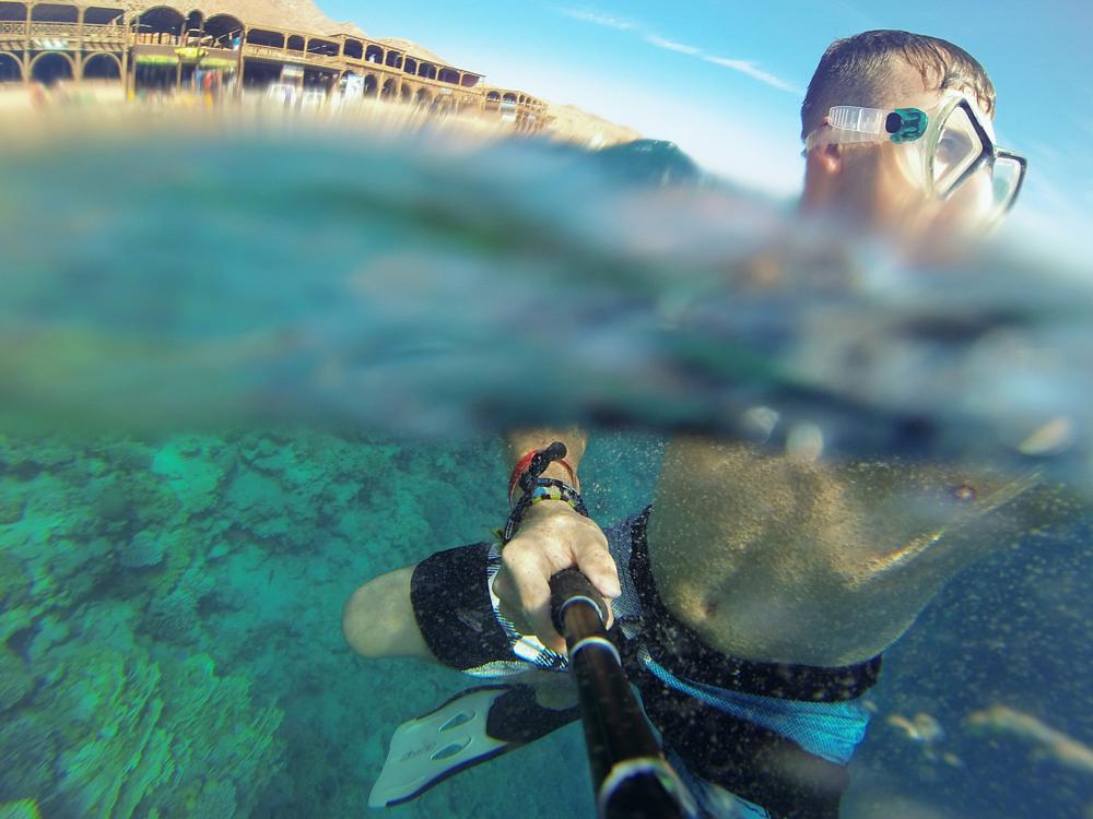 Photo in Underwater #underwater #water #egypt #selfie #self #gopro #camera #asia #photoyoung #strelau #sport #boy #polishboy #summer