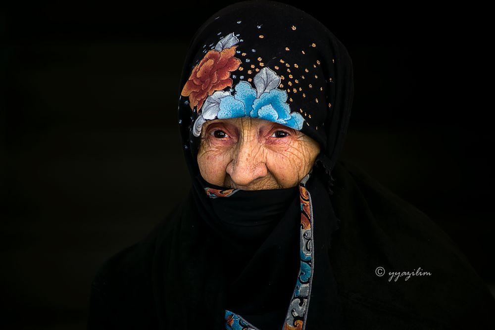 Photo in People #yyazilim #karşıyaka #erdek #nine #yaşlı #insan