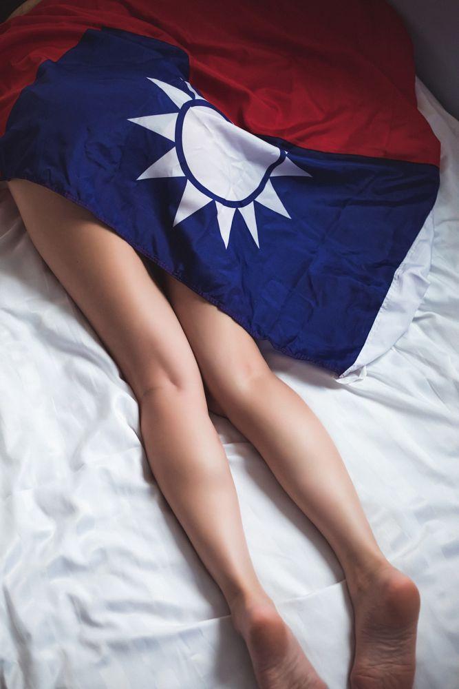 Photo in Portrait #taiwan #portrait #canonsogood #sexy #beautiful legs #美腿 #性感 #旅拍 #臺灣