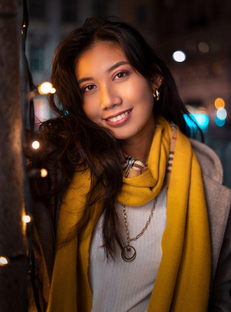 Photo in Portrait #lights #model #girl #bokeh #35mm #christmas