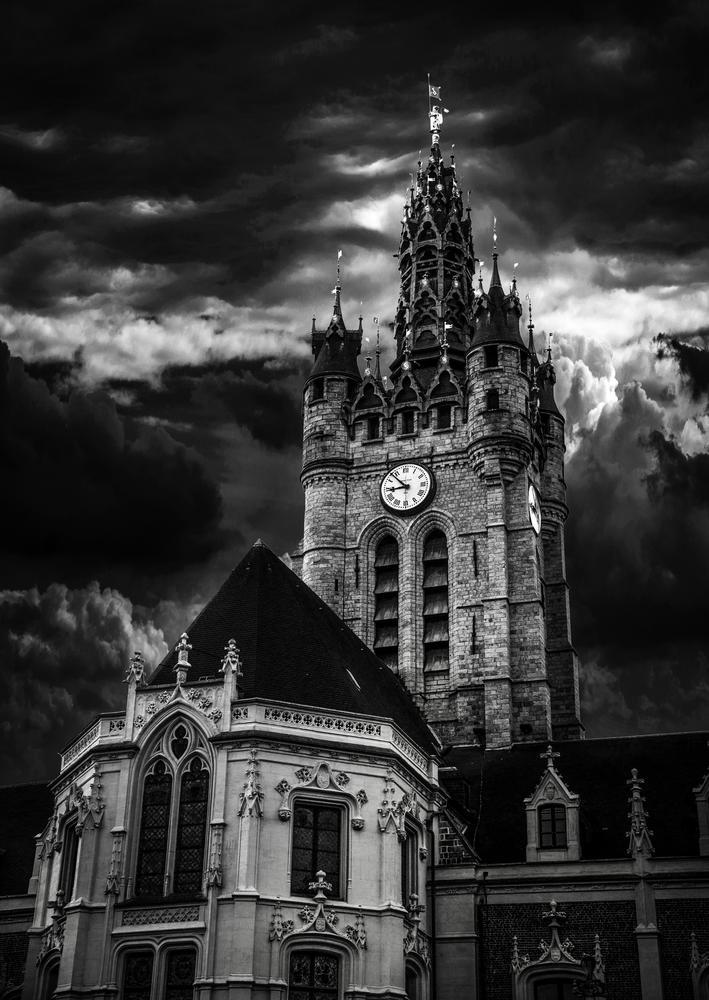 Photo in Architecture #douai #france #nord #north #drama #dramatic #dramatique #géants #géant #gayant #2014