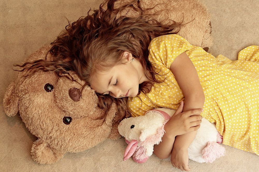 Photo in Portrait #girl #view #child #yellow #dots #teddy bear #teddybear #unicorn #yellow dress #dotted dress #ypa2013