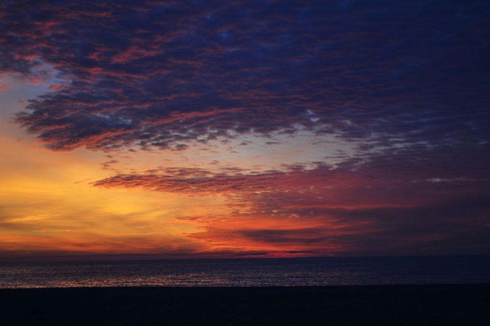 Photo in Random #beach #purple #sea #sunset #sun #autumn #red #violet #yellow #coulors #cloudy