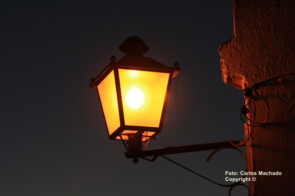 Photo in Random #candeeiro (street lamp) - cace