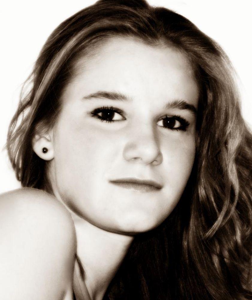 Photo in Portrait #girl #portrait